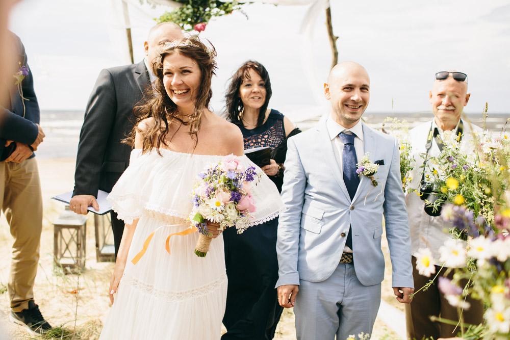 Vasaras kāzas brīvā dabā