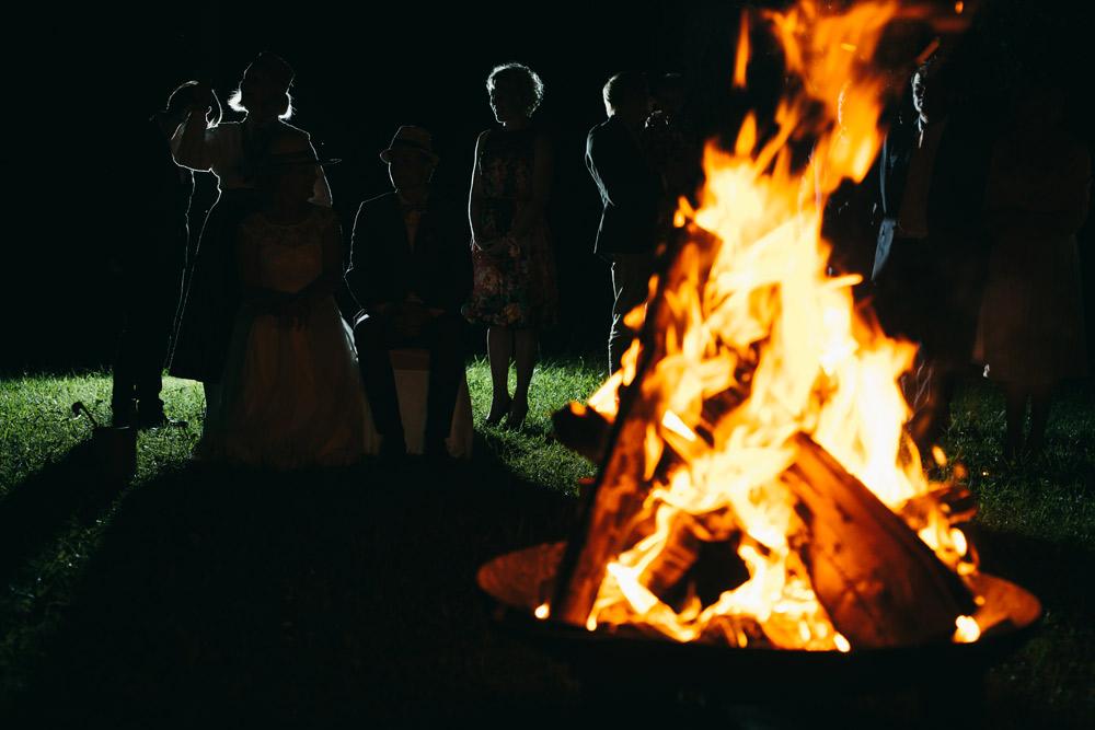 Mičošana kāzu vakarā