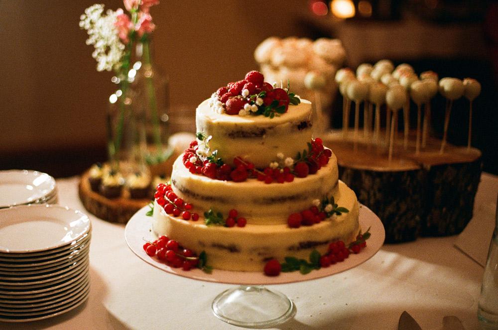 Annas Pannas Kāzu kūka