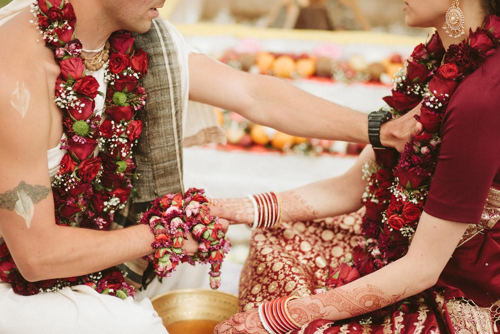 023-Indiesu-Kazu-ceremonijas-tradicijas-holdme.lv