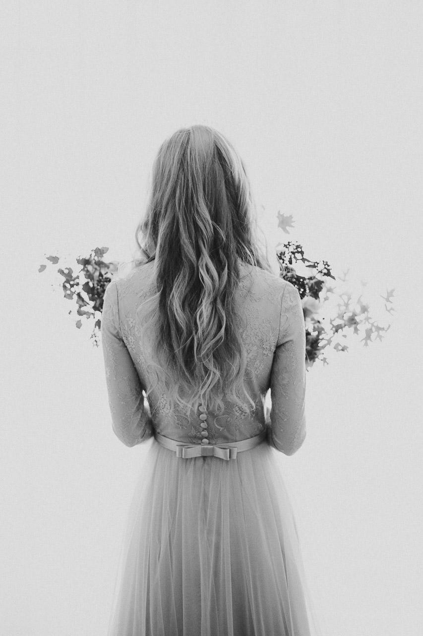 Skaista līgavas kleita