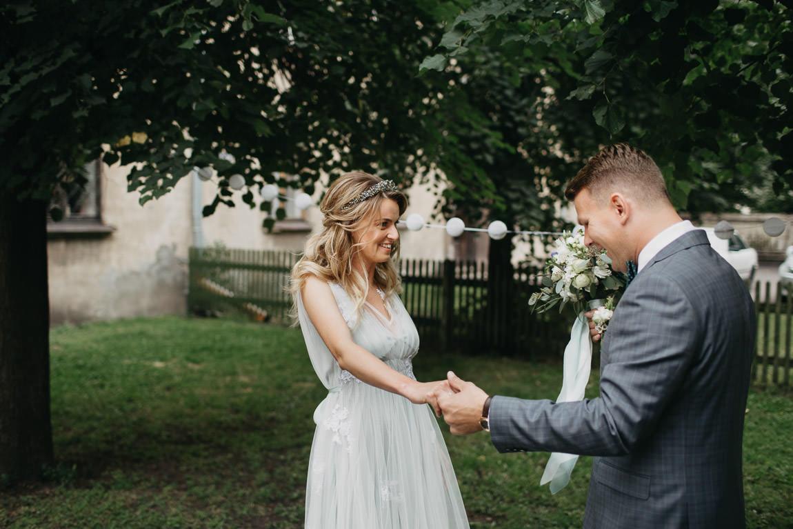Sirsnīga satikšanās kāzās