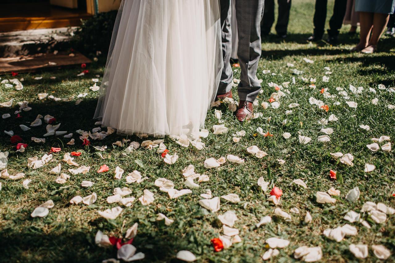 ziedi kāzās