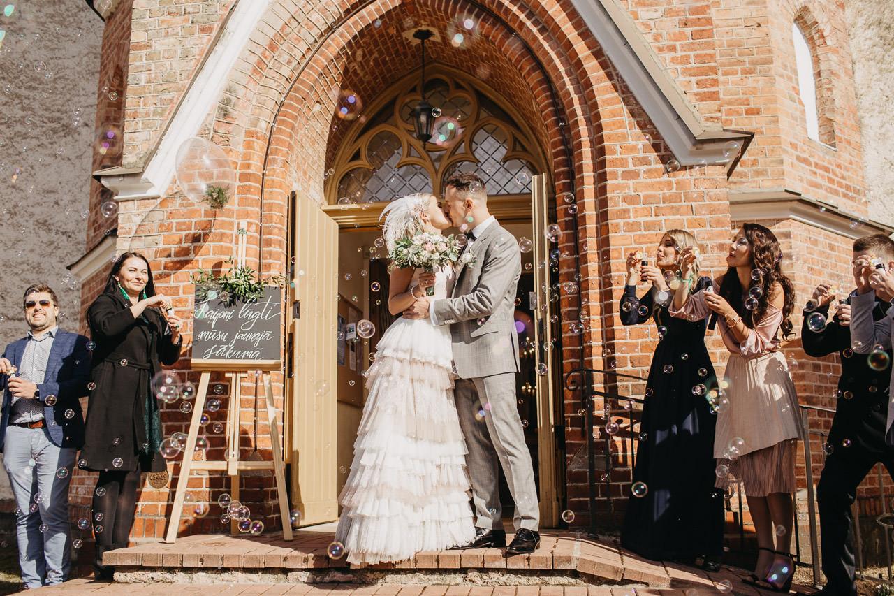 Ko darīt kāzās
