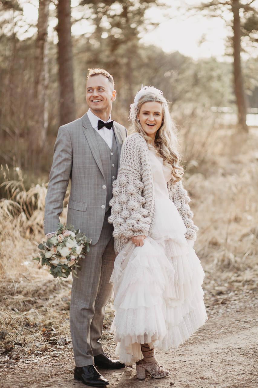 kāzu fotosesija pavasarī