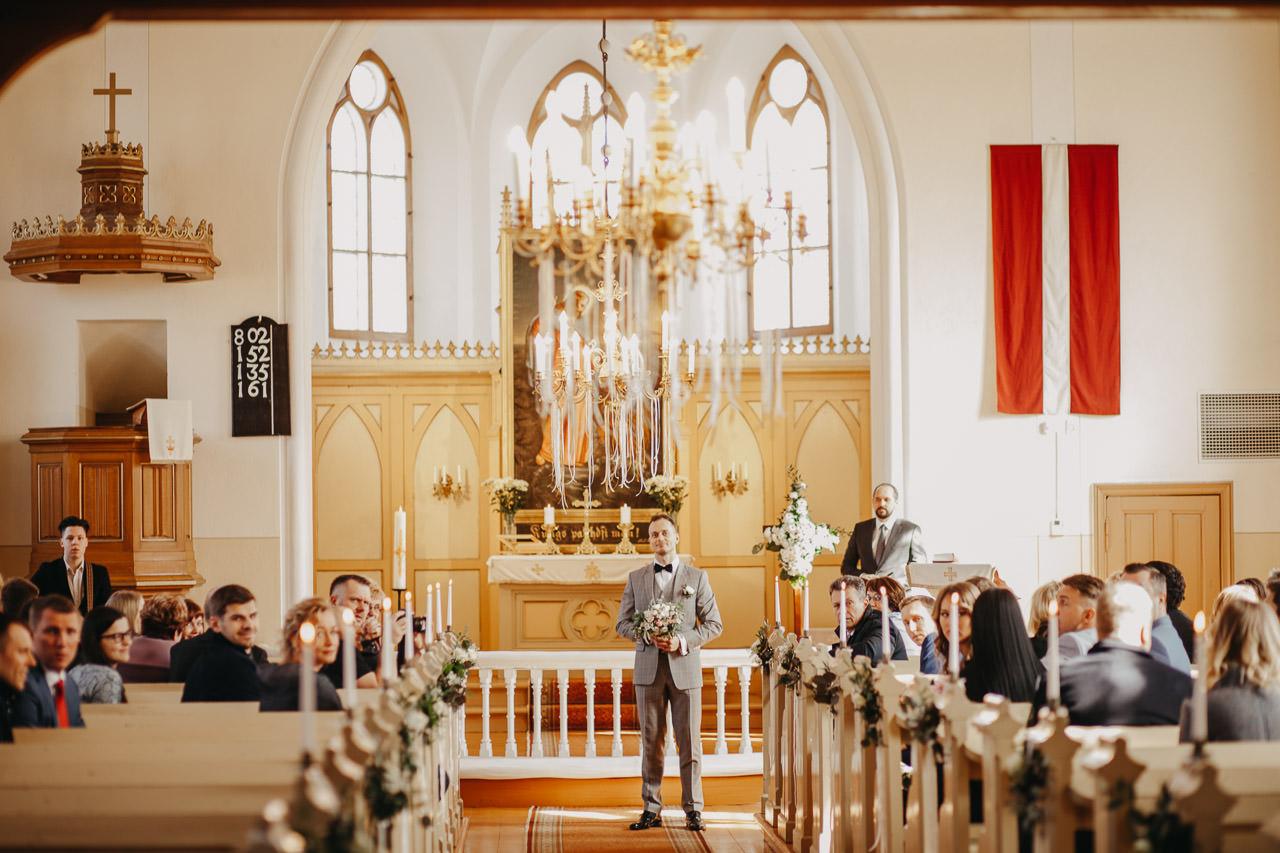 Kāzas baznīcā