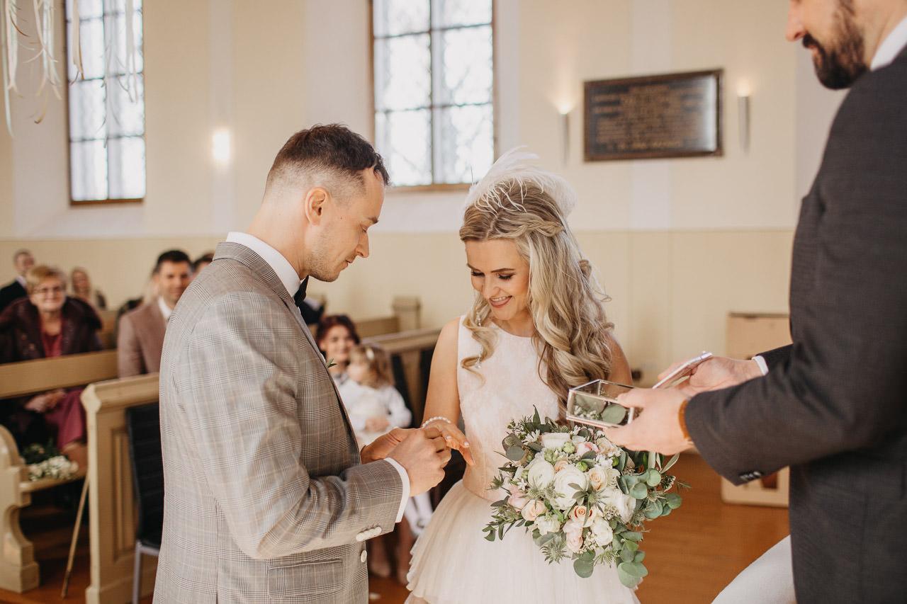 Gredzeni kāzās